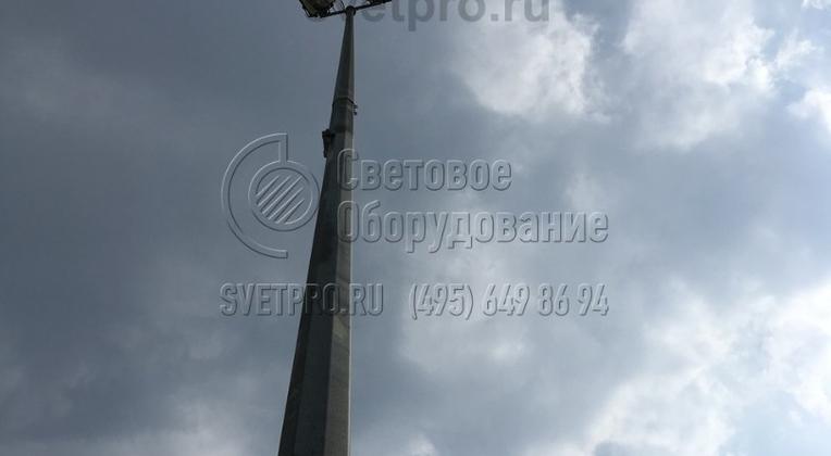 Опора складывающаяся, высотой 20 метров, выполнена из двух секций.