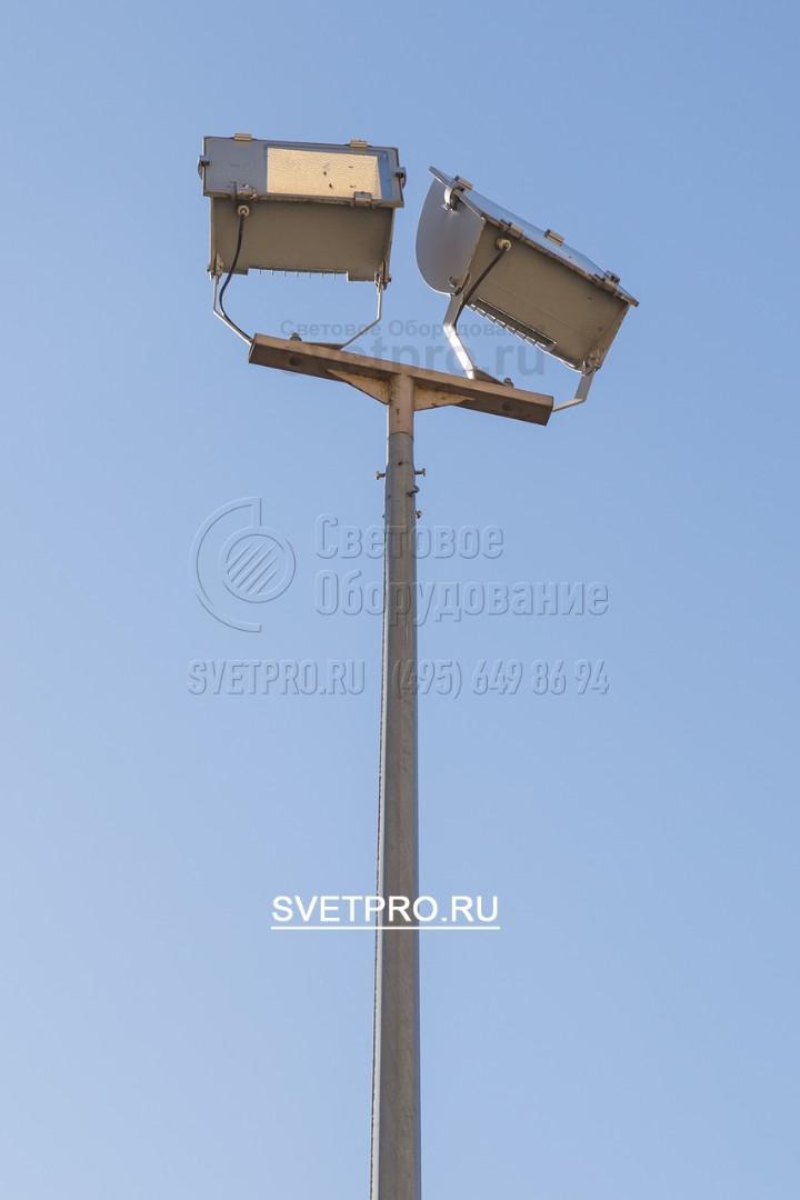 Для освещения спортивных площадок в основном используют освещение прожекторами с установкой на несиловые граненые конические опоры «ОГК»