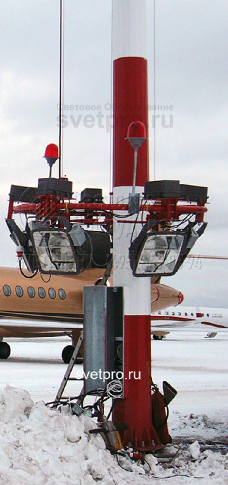 Установка прожекторов и ПРА на короне должно быть симметричным, это необходимо, чтобы при спуске и подъёме не было перекоса и заклинивания.