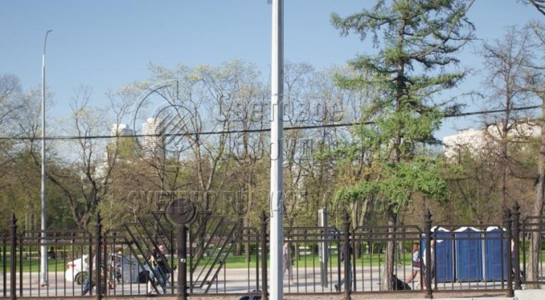 Опора НПГ‐3 для размещения прожекторной подсветки фасадов зданий, а также для размещения систем видеонаблюдения «Безопасный город».