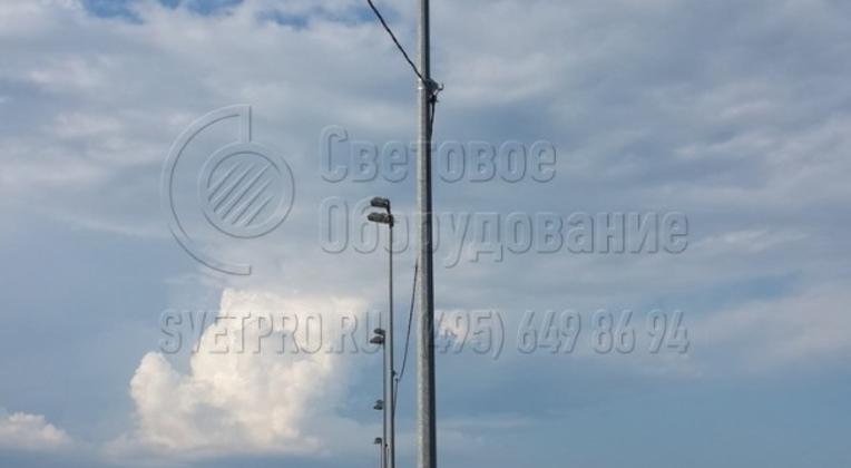 Освещение объектов и проведение кабельной трассы по воздуху.