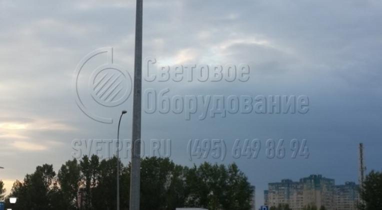 Освещение дороги вокруг гипермаркета «ДЕКАТЛОН».