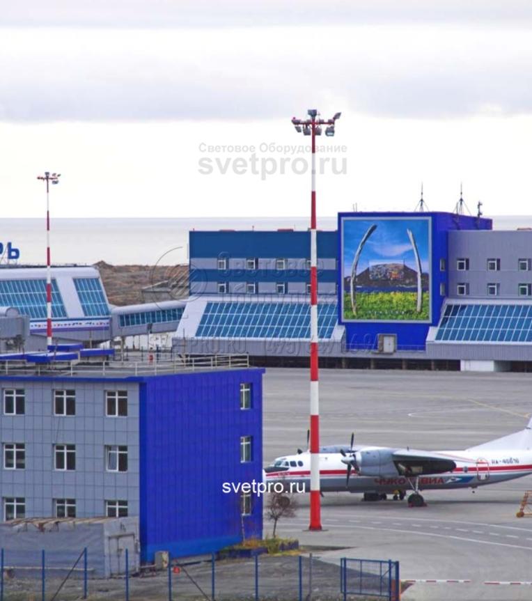 Для аэропортов мачта с мобильной короной обязательно должна иметь окраску в красно‐ белый цвет.